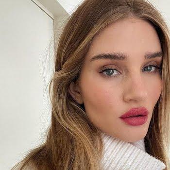 Rosie Huntington-Whiteley skin