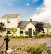 These charming Irish cottages are the perfect weekend getaway