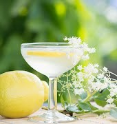 Try this crispy elderflower cocktail this bank holiday weekend