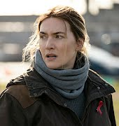 Kate Winslet wanted a 'bulgy bit of belly' left in one 'Mare of Easttown' scene and we love her for it