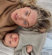 Elsa Hosk poses nude with daughter, internet blows up